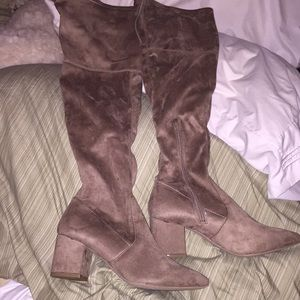 NWT cocoa color over the knee boots size 8